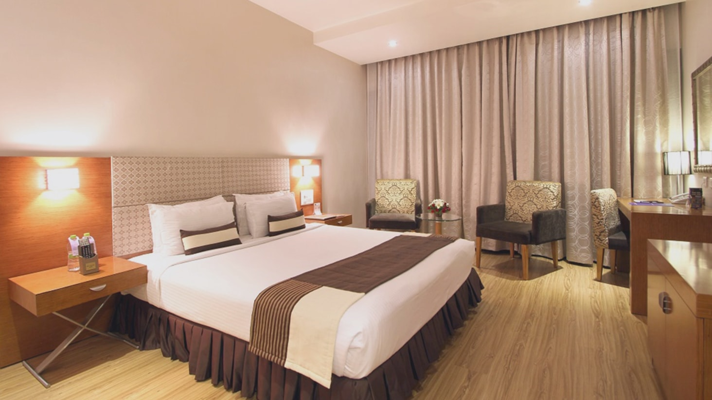 Deluxe Rooms - Stay in Hyderabad